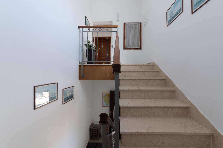 https://www.istria-home.com/bundles/web/images/photos/315/315_30_30.jpg