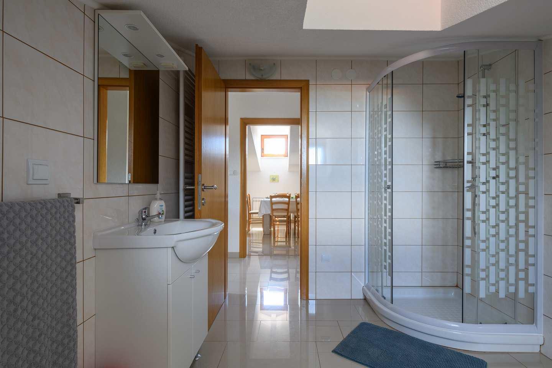 http://www.istria-home.com/bundles/web/images/photos/371/371_36_36.jpg