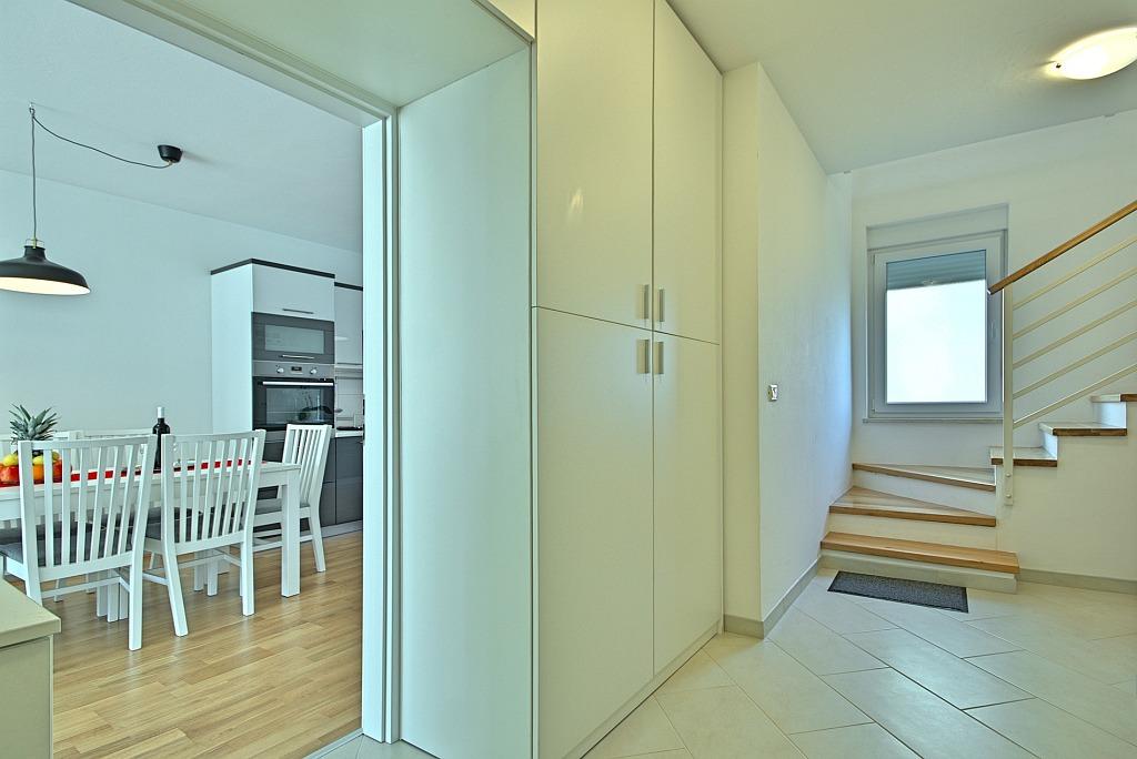 http://www.istria-home.com/bundles/web/images/photos/521/521_17_13.jpg