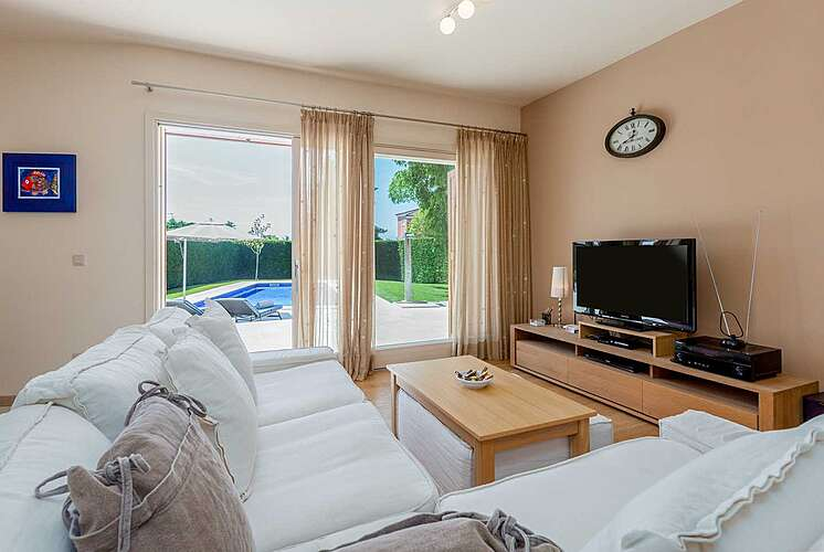 Living Room — Villa Jasna — Vabriga, Tar-Vabriga (Villa with pool) (2/44)