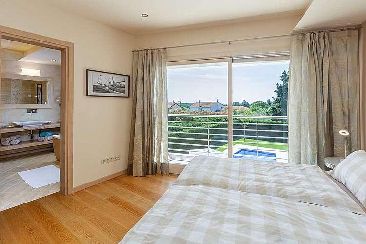 Bedroom — Villa Jasna — Vabriga, Tar-Vabriga (Villa with pool) (3/44)