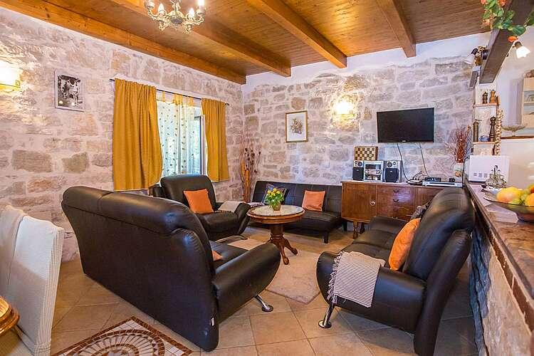 Living Room — Casa Lukas — Dračevac, Poreč (Holiday home) (2/43)