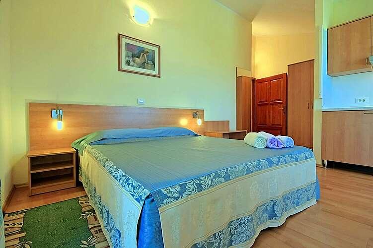 Bedroom — Studio Uli 3 — Funtana, Funtana, Vrsar-Funtana (Apartment) (3/23)