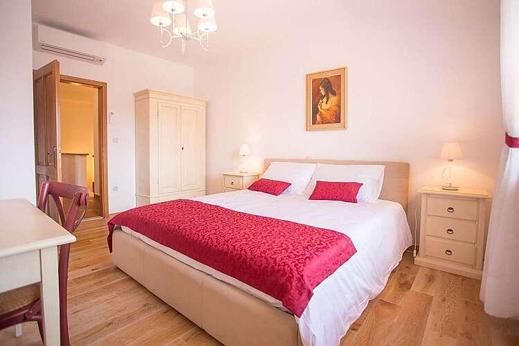 Bedroom — Villa Mare Vabriga — Vabriga, Tar-Vabriga (Villa with pool) (3/27)