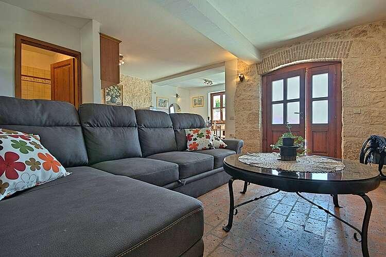 Living Room — House Irma — Fuškulin, Poreč (Holiday home) (2/35)