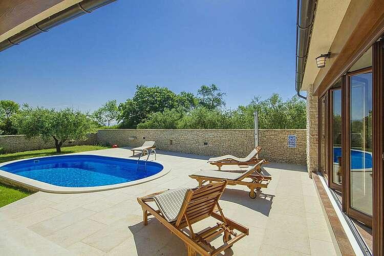 Swimming Pool — Villa Vignola — Kavran, Marčana, East Coast of Istria (Villa with pool) (3/38)
