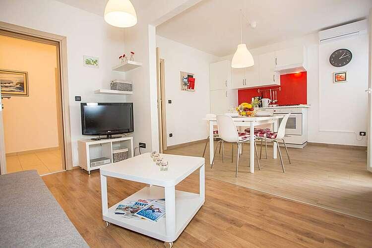 Living Room — Mario 3 — Valkarin, Poreč (Apartment) (2/25)