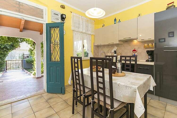 Kitchen — Casa Adele — Diminići, Labin, Rabac-Labin (Holiday home) (2/25)