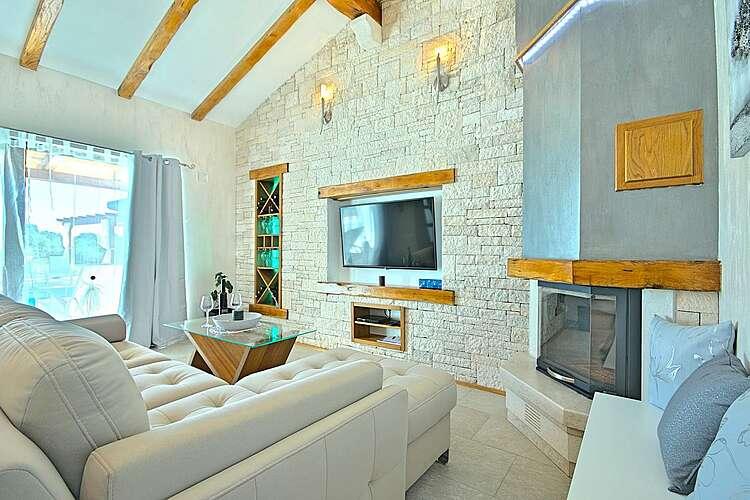 Living Room — Villa Gloria Vita — Nova Vas B, Brtonigla, Umag-Novigrad (Villa with pool) (2/52)