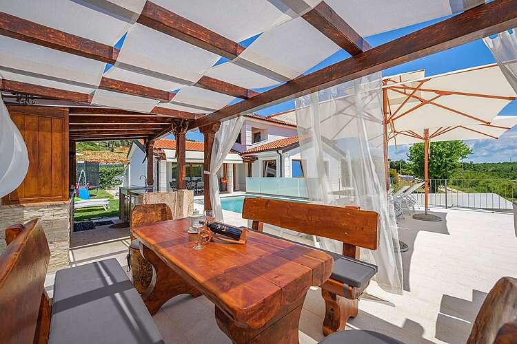 Patio / Balcony — Villa Gloria Vita — Nova Vas B, Brtonigla, Umag-Novigrad (Villa with pool) (3/52)