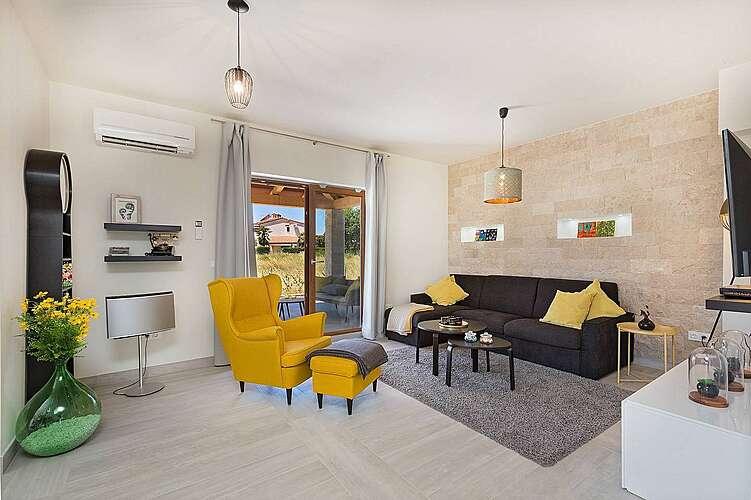 Living Room — Villa Fortuna — Funtana, Funtana, Vrsar-Funtana (Villa with pool) (3/40)