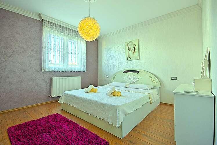 Bedroom — Viki — Varvari, Poreč (Apartment) (3/29)