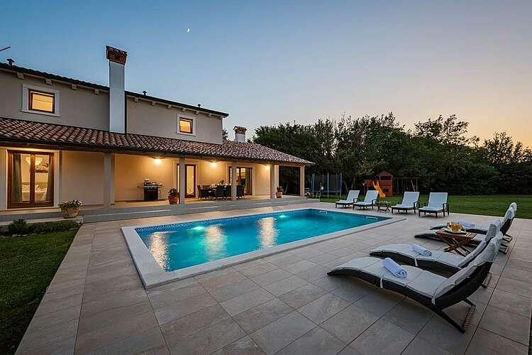 Swimming Pool — Villa Flora — Kršan, Kršan, Rabac-Labin (Villa with pool) (1/40)