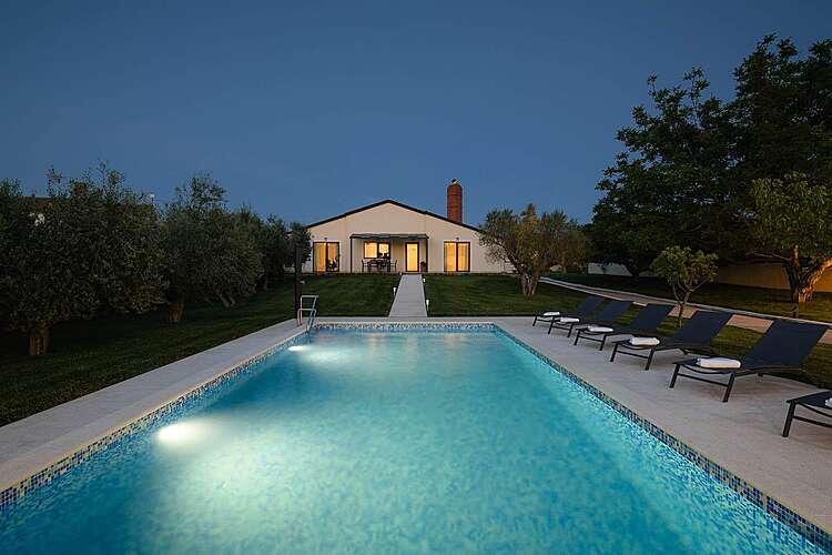 Bazen — Villa Matilda Fazana — Valbandon, Fažana, Pula-Medulin (Vila sa bazenom) (1/40)