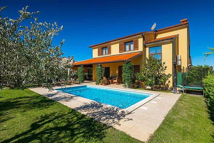 Bazen — House Leticia — Valbandon, Fažana, Pula-Medulin (Vila sa bazenom) (1/35)