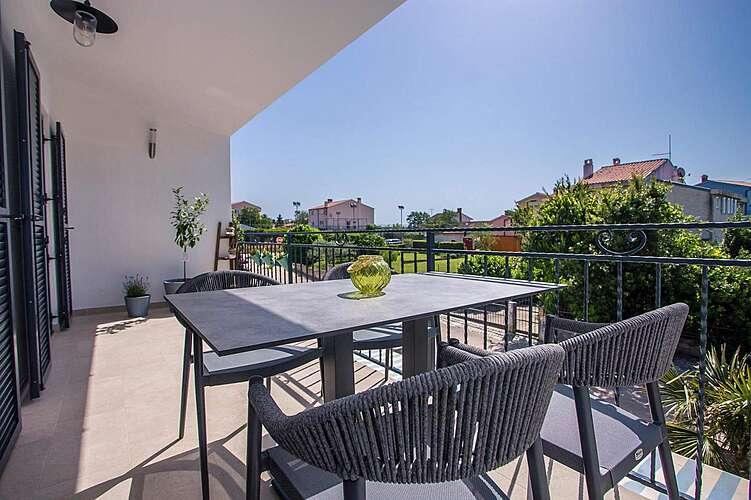 Patio / Balcony — Avia Banjole — Banjole, Pula, Pula-Medulin (Apartment) (2/34)