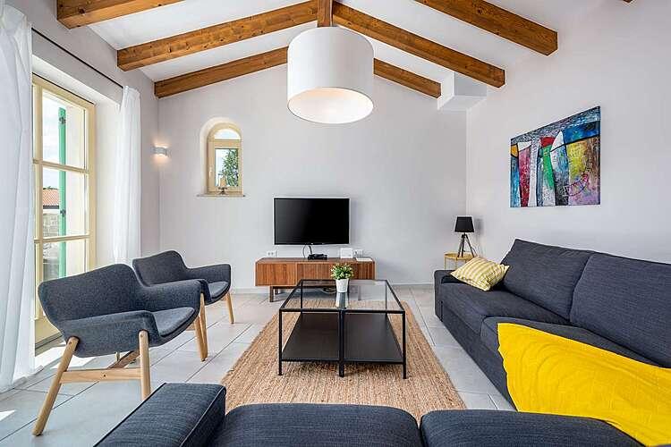 Living Room — Villa Valffiorita — Pazin, Pazin (Villa with pool) (2/45)
