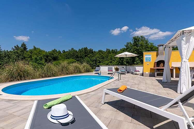 Swimming Pool — Villa Kristina — Kuhari, Pazin (Villa with pool) (2/45)
