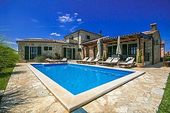 Villa Una — Baldaši, Vižinada (Villa mit Pool) - Schwimmbad