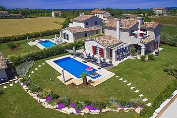 Villa Emily — Vrh Lašići, Vižinada (Villa with pool) - Exterier