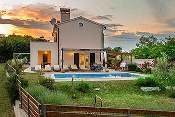 Villa Cicibella — Puntera, Barban, Ostküste Istriens (Villa mit Pool) - Schwimmbad