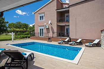 Lara 1 — Belavići, Barban, East Coast of Istria (Apartment) - Exterier