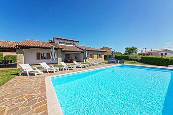 Villa Ciano — Višnjan, Višnjan (Vila sa bazenom) - Bazen