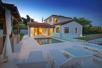 Villa Gloria Vita — Nova Vas B, Brtonigla, Umag-Novigrad (Vila sa bazenom) - Bazen