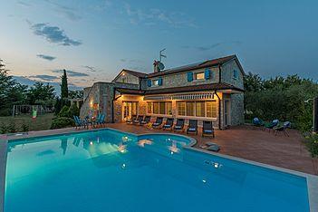 Villa Mia Milanezi — Milanezi, Višnjan (Villa met zwembad) - Exterieur