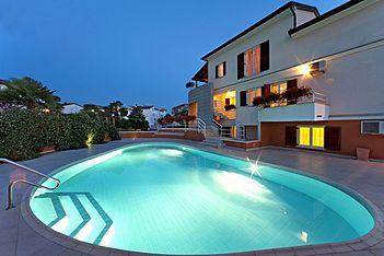 App Irena 1 — Mali Maj, Poreč (Apartment) - Swimming Pool
