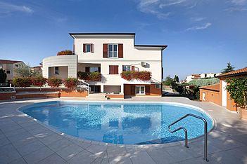 App Irena 3 — Mali Maj, Poreč (Apartment) - Swimming Pool