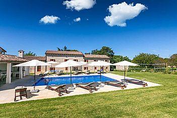 Villa Krculi — Krculi, Žminj (Villa mit Pool) - Schwimmbad