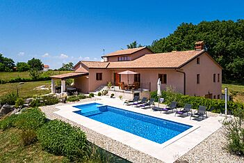Villa Emini — Pilati, Motovun (Villa mit Pool) - Außenseite