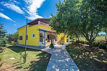 Samanta — Marčana, Marčana, East Coast of Istria (Apartment) - Exterier