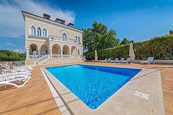 Perla di Mare 1 — Bašanija, Umag, Umag-Novigrad (Apartment) - Swimming Pool