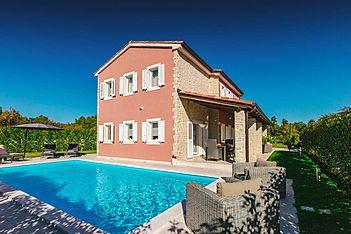 Villa Martina Bijazici — Bijažići, Svetvinčenat (Vila sa bazenom) -