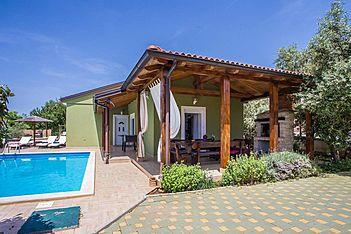 Villa Tanja — Pula, Pula, Pula-Medulin (Villa mit Pool) - Außenseite