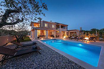 Villa Flora Abrega — Vabriga, Tar-Vabriga (Villa with pool) - Swimming Pool