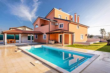 Villa Luna Kaštel — Kaštel, Buje, Umag-Novigrad (Villa with pool) - Exterier