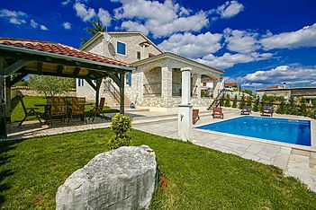 Villa Gordana — Kaštelir, Kaštelir-Labinci (Villa with pool) - Swimming Pool