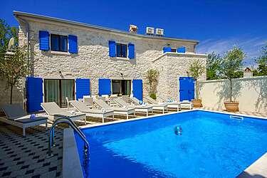 Villa Eni — Krunčići, Sveti Lovreč (Villa with pool) - Swimming Pool