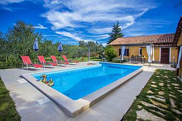 Casa Pina — Dvori, Kaštelir-Labinci (Holiday home) - Swimming Pool