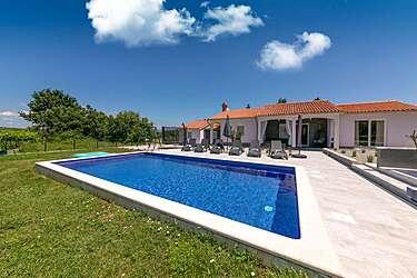 Villa Astrid — Kapelica, Rabac, Rabac-Labin (Villa with pool)